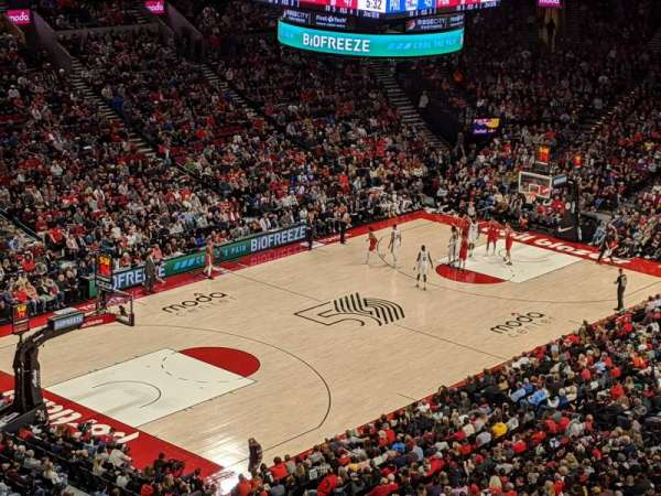 Moda Center, section: 322, row: E, seat: 10