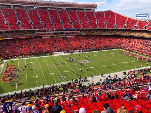 Arrowhead Stadium, section: 304, row: 19, seat: 16