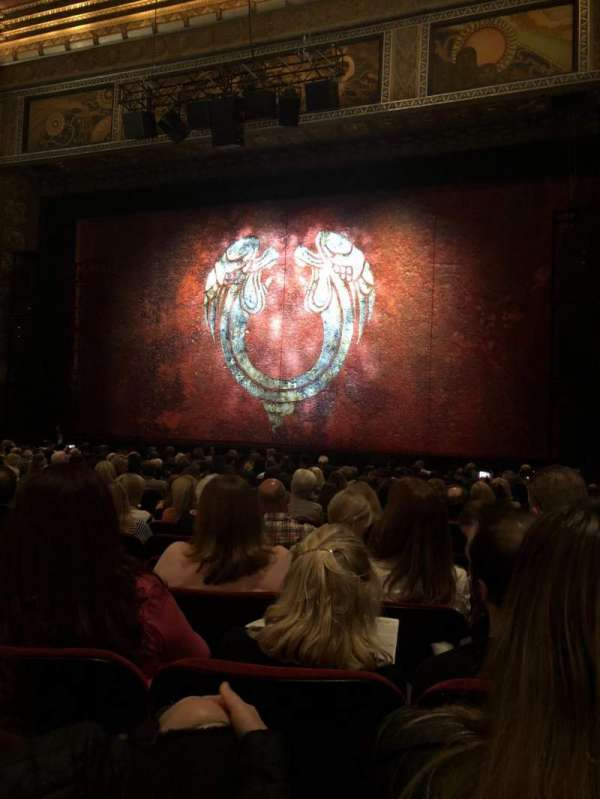 Hollywood Pantages Theatre, section: Orchestra RC, row: T, seat: 208
