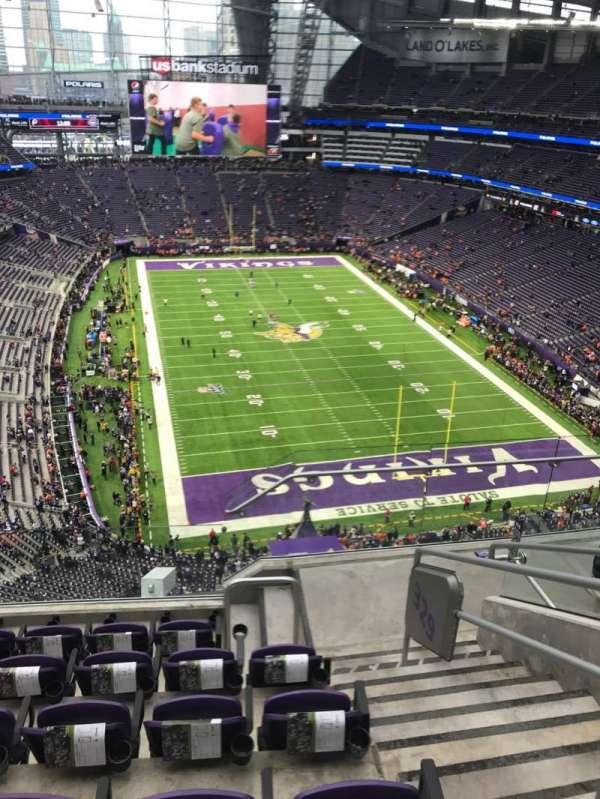U.S. Bank Stadium, section: 328, row: 6, seat: 2