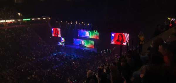 Manchester Arena, section: 213, row: E, seat: 8