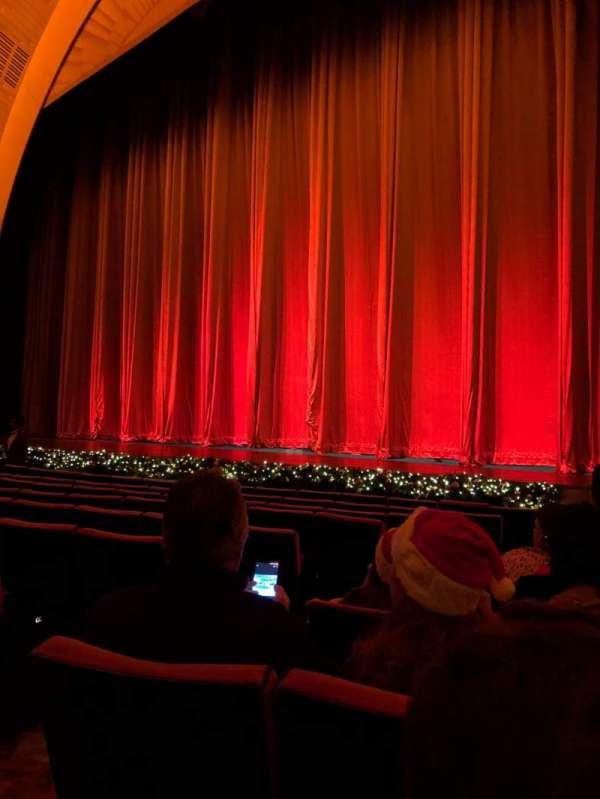 Radio City Music Hall, section: Orchestra 2, row: KK, seat: 211