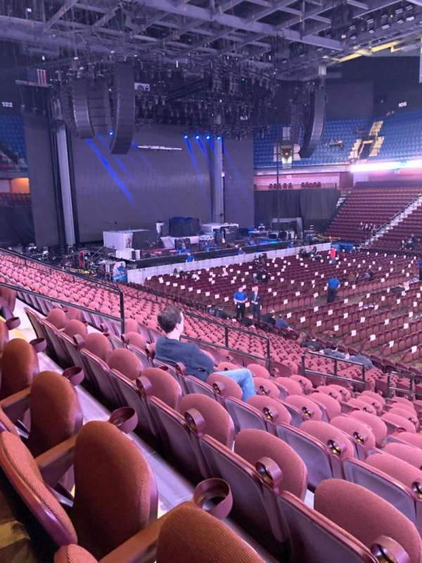 Mohegan Sun Arena, section: 23, row: S, seat: 12