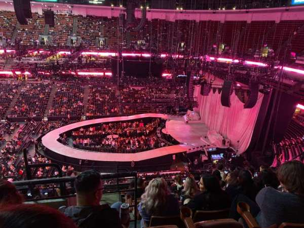 Honda Center , section: 432, row: L , seat: 13