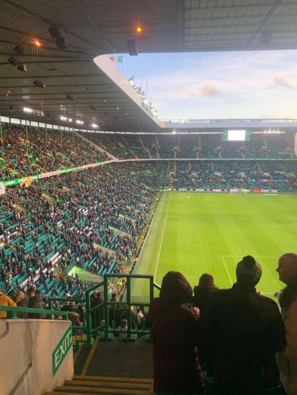 Celtic Park, section: 442, row: Q, seat: 14