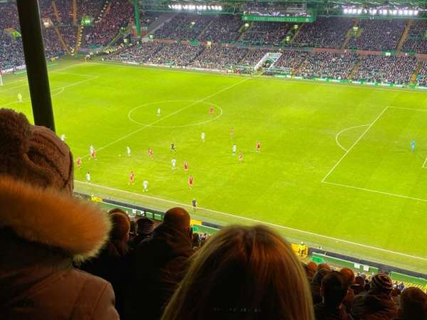 Celtic Park, section: 401, row: Y, seat: 26