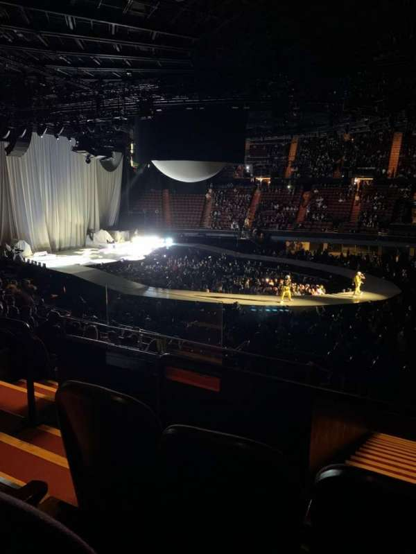 The Forum, section: 228, row: 15, seat: 3