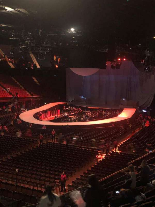 The Forum, section: 102, row: 6, seat: 9