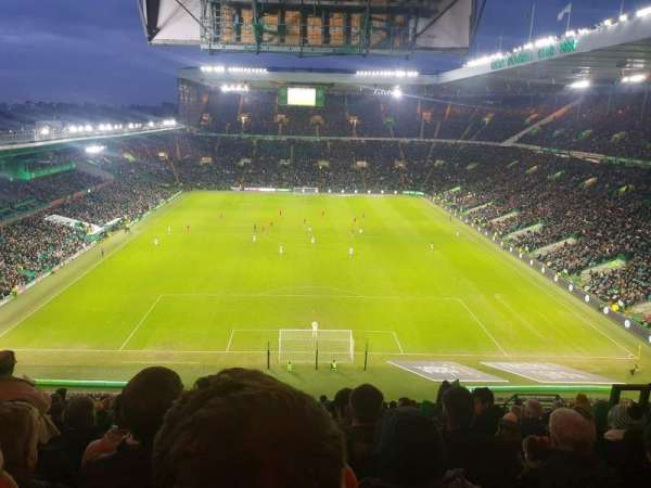 Celtic Park, section: 416, row: Q, seat: 25