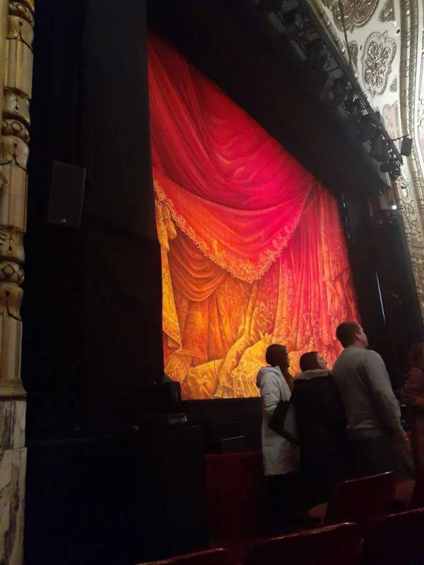 Cadillac Palace Theater, section: Orchestra L, row: B, seat: 9