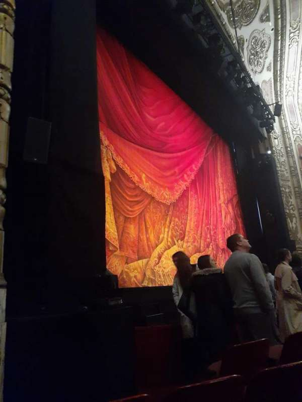 Cadillac Palace Theater, section: Orchestra L, row: D, seat: 19