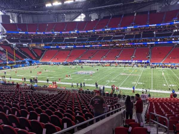 Mercedes-Benz Stadium, section: 125, row: 32, seat: 25