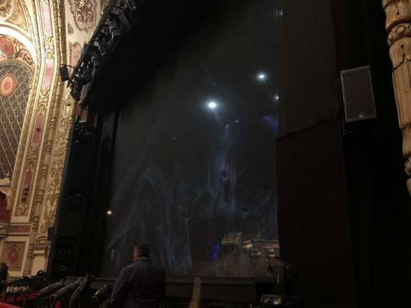 Cadillac Palace Theater, section: Orchestra R, row: D, seat: 20