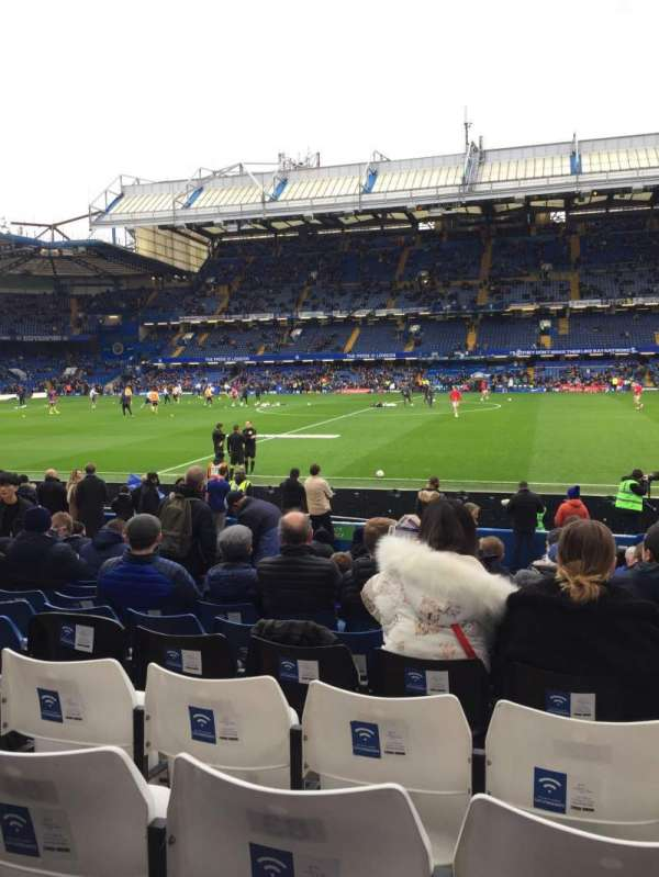 Stamford Bridge, section: Block 4, row: 17, seat: 82