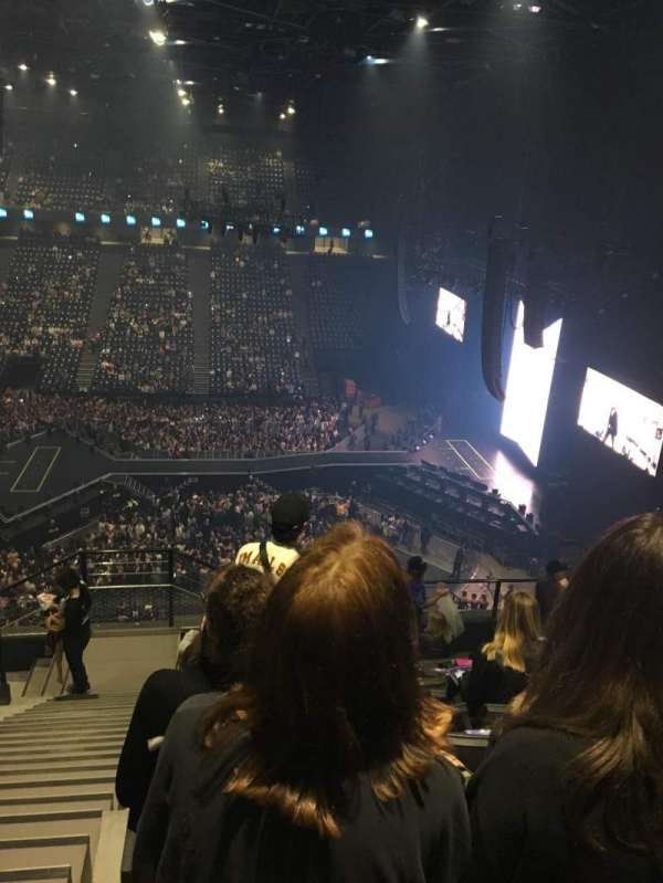 AccorHotels Arena, section: Balcon F, row: 90, seat: 25