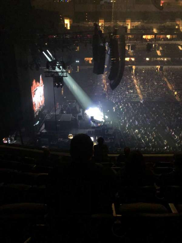American Airlines Center, section: 220, row: G, seat: 8