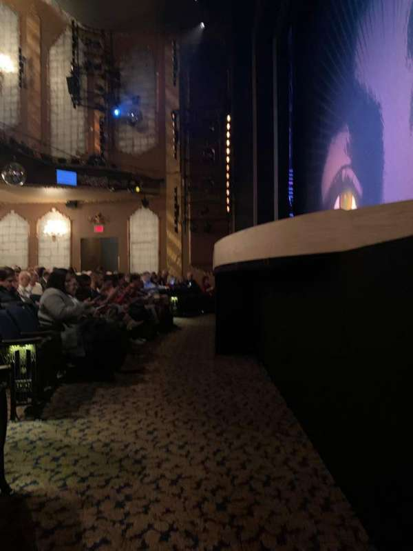 Lunt-Fontanne Theatre, section: Orchestra R, row: B, seat: 10