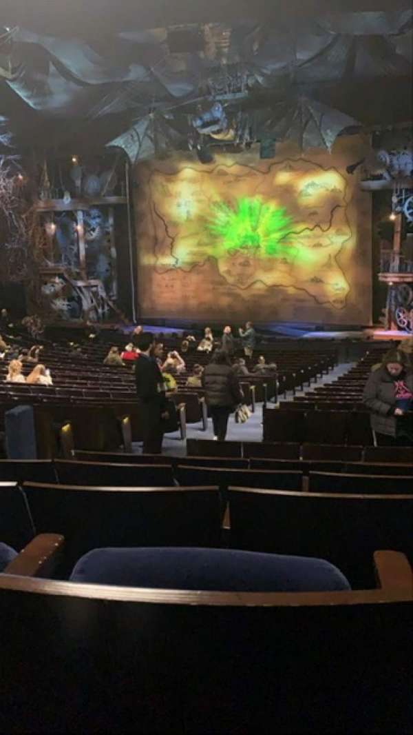 Gershwin Theatre, section: Orchestra R, row: W, seat: 8
