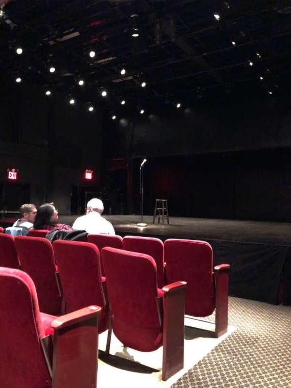 Lucille Lortel Theatre, section: Orchestra, row: D, seat: 4