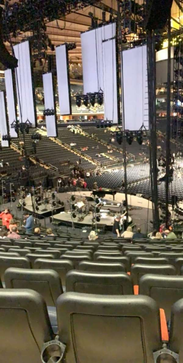 Madison Square Garden, section: 113, row: 22