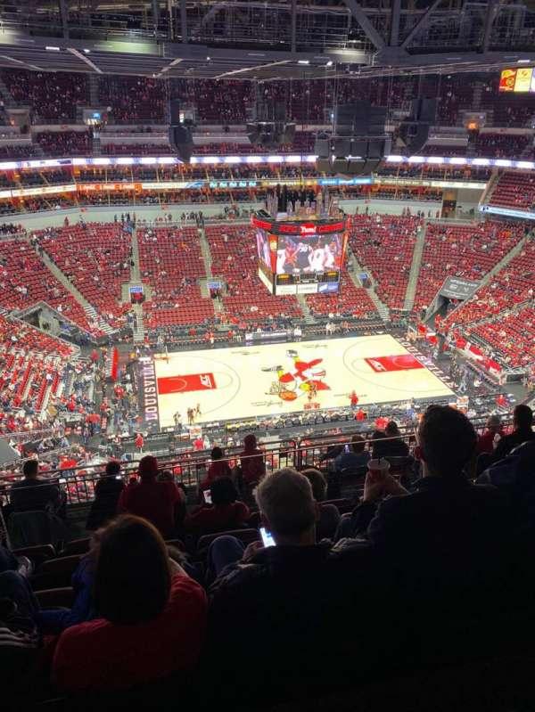 KFC Yum! Center, section: 324, row: M, seat: 13