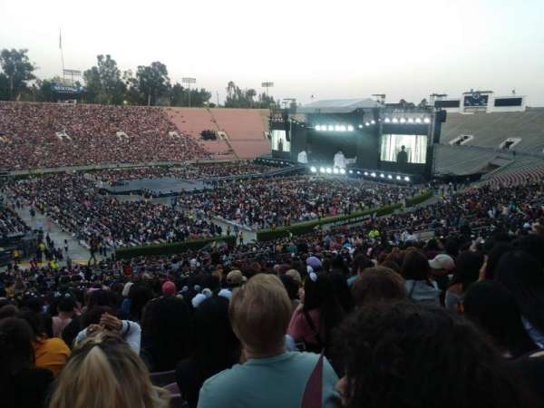Rose Bowl, section: 16-H, row: 58, seat: 118