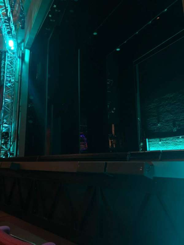 Broadhurst Theatre, section: Orchestra R, row: B, seat: 10
