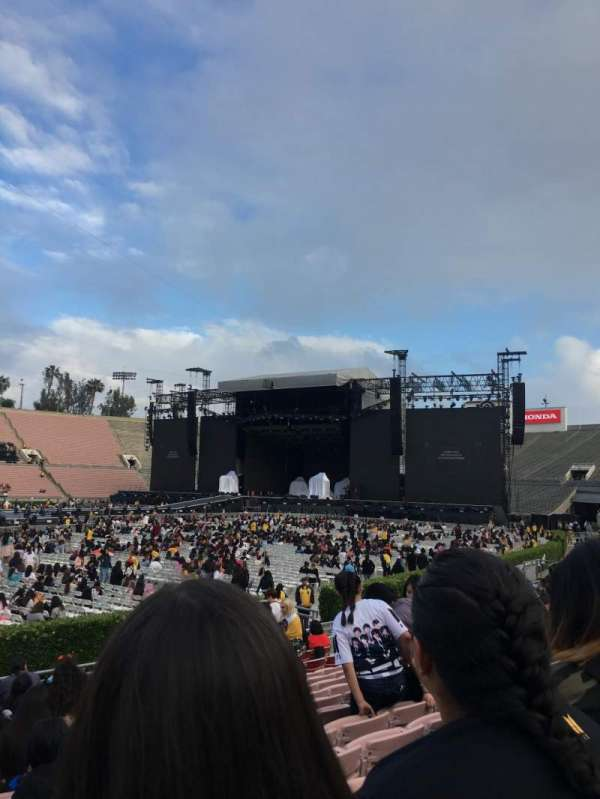 Rose Bowl, section: 16-H, row: 12, seat: 115