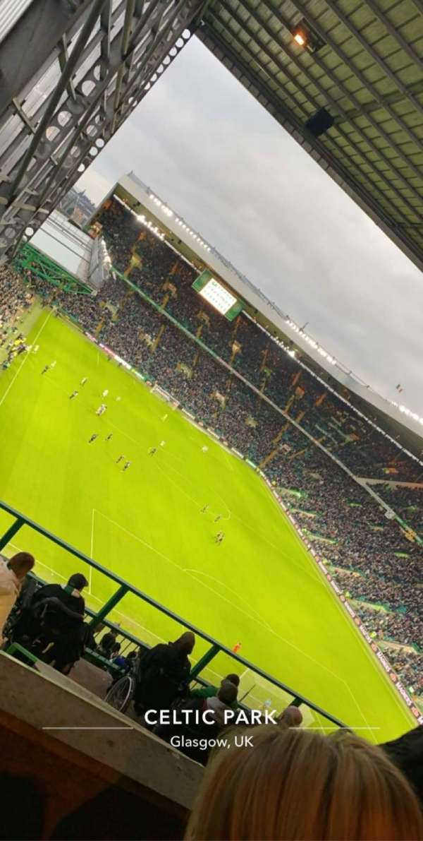 Celtic Park, section: 419, row: Q, seat: 13