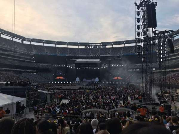 MetLife Stadium, section: 124