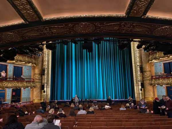 emerson colonial theatre, section: Orchestra C, row: V, seat: 207