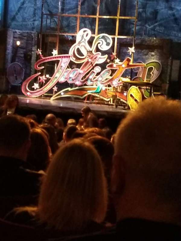 Shaftesbury Theatre, section: Stalls, row: V, seat: 6