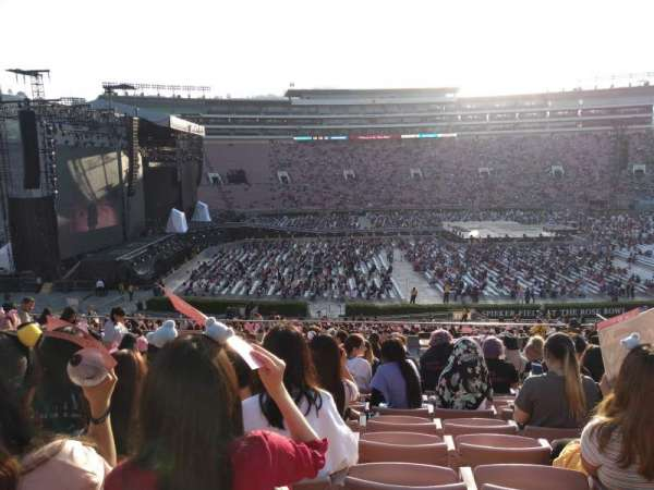 Rose Bowl, section: 4-L, row: 47, seat: 14