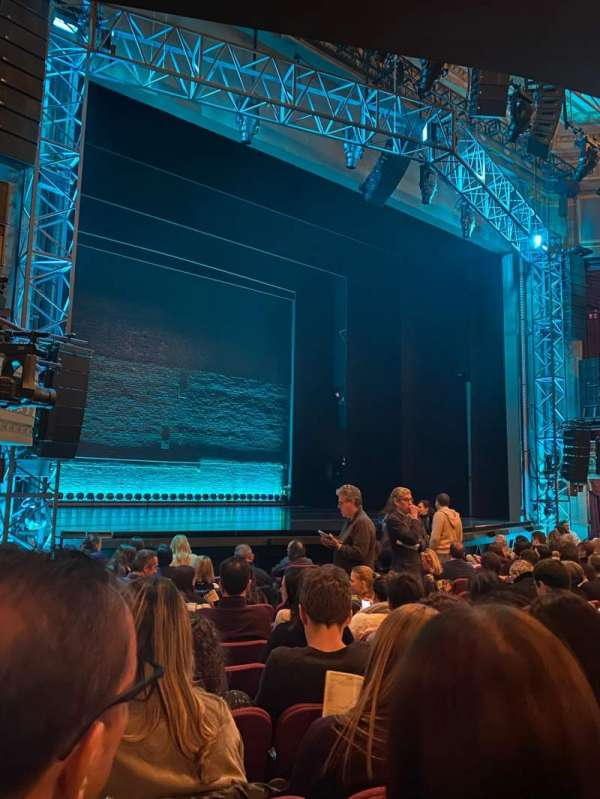 Broadhurst Theatre, section: Orchestra L, row: L, seat: 17