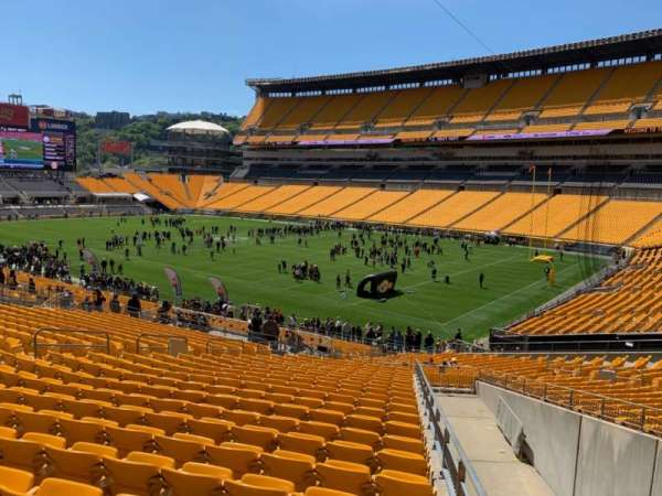 Heinz Field, section: 117, row: GG, seat: 1