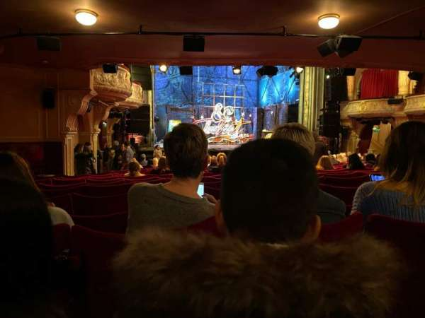 Shaftesbury Theatre, section: Stalls, row: W, seat: 33