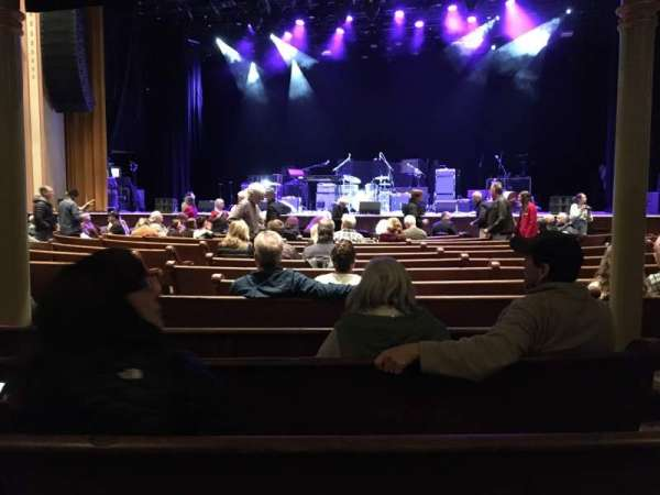 Ryman Auditorium, section: 4, row: Q, seat: 3