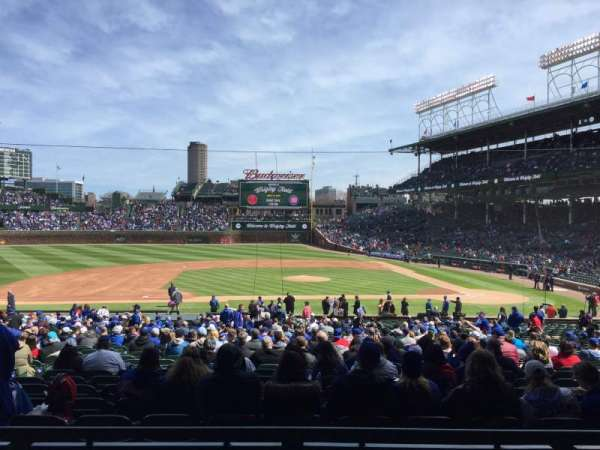 Wrigley Field, section: 212, row: 3, seat: 19