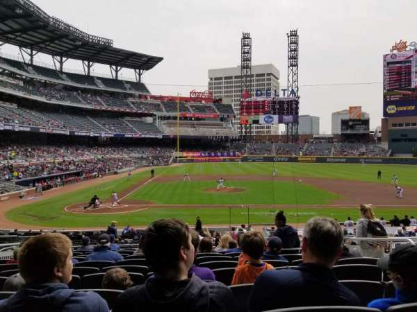 Truist Park, section: 122, row: 11, seat: 3