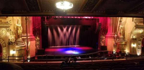 Beacon Theatre, section: Loge 1, row: H, seat: 17
