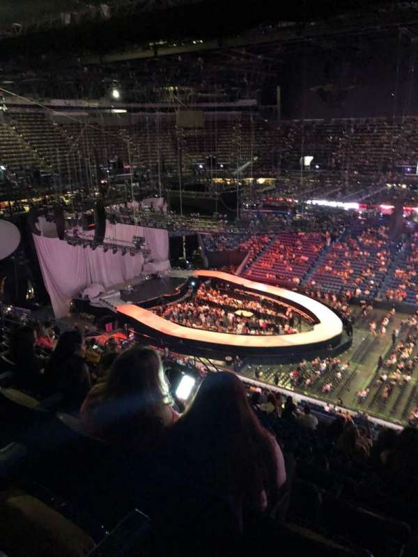 Smoothie King Center, section: 400, row: 16, seat: 2