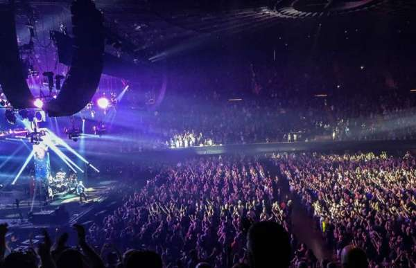 The Forum, section: 225, row: 2, seat: 215