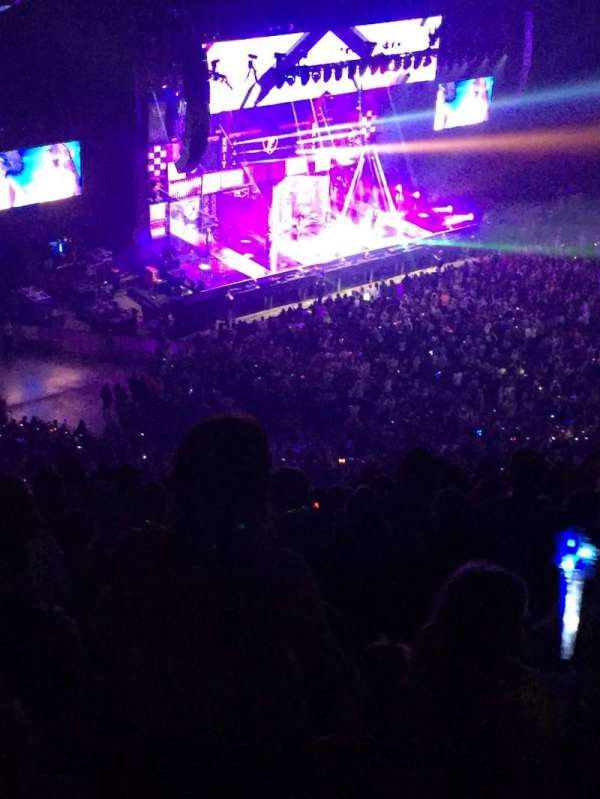 First Direct Arena, section: 323, row: R, seat: 17