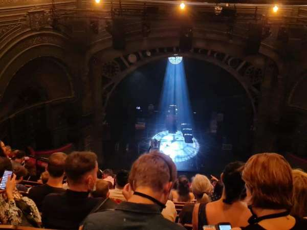 Princess Theatre (Melbourne), section: Grand Circle, row: M, seat: 19