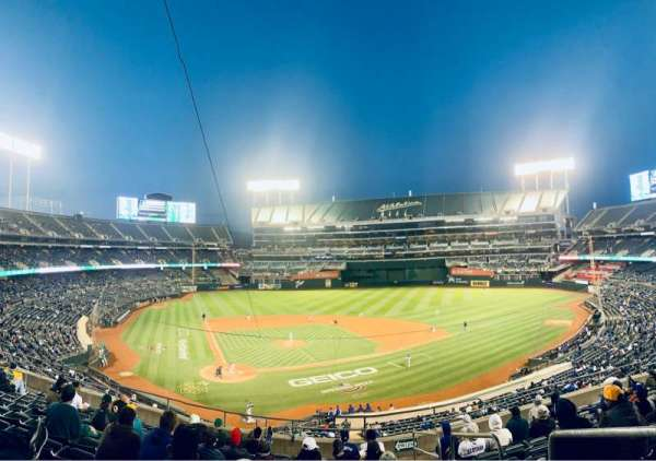 Oakland Coliseum, section: 215, row: 11, seat: 1