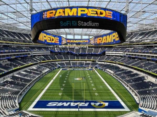 SoFi Stadium, section: 336, row: 4, seat: 11