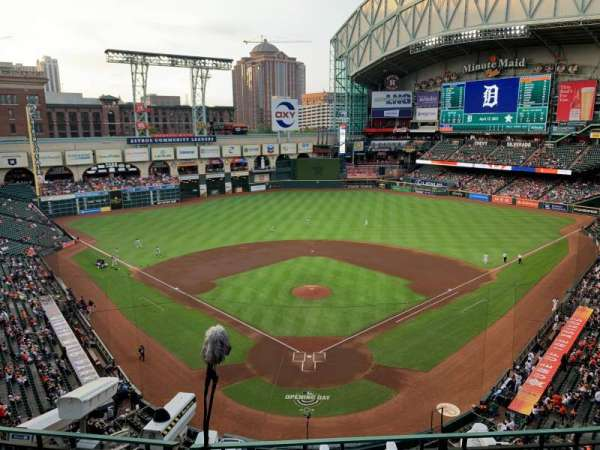 Minute Maid Park, section: 319, row: 3, seat: 3