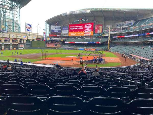 Minute Maid Park, section: 116, row: 30, seat: 28