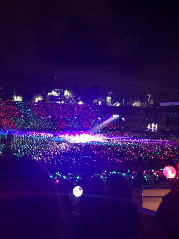Rose Bowl, section: 17-L, row: 44, seat: 5