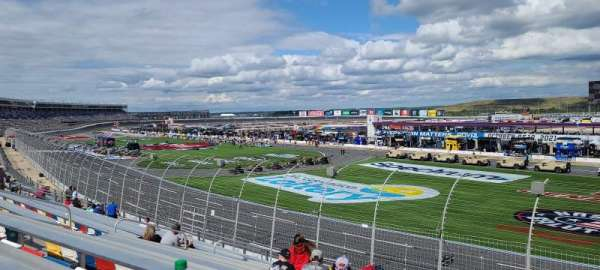 Charlotte Motor Speedway, section: Ford h, row: 19, seat: 21